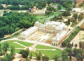 Viajar a madrid conocer aranjuez for Aeiou el jardin de clarilu mp3